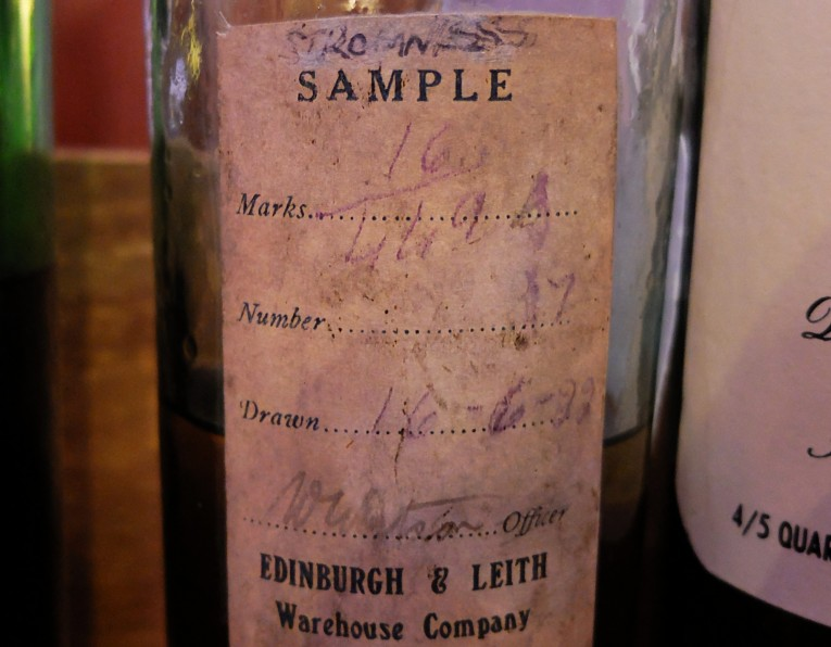 Stromness Malt Sample - label detail